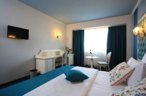 Mobilier Hotel Simfonia (2)